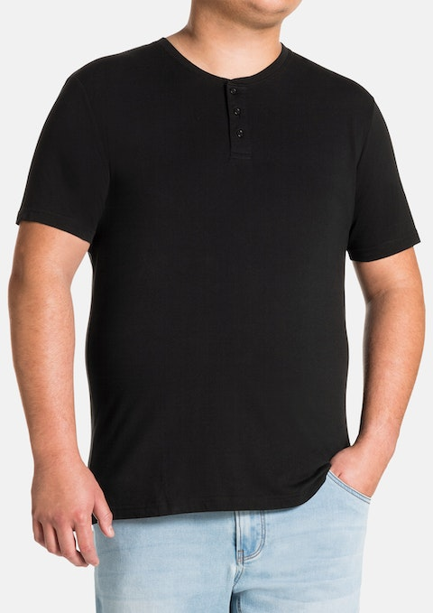 d64677be4a502 Black Essential Henley Tee